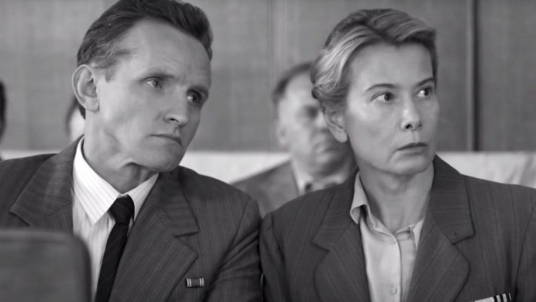 Фильм «Дорогие товарищи!» Андрея Кончаловского вошел в лонг-лист «Оскара»: почему западные критики в восторге, а наши — нет